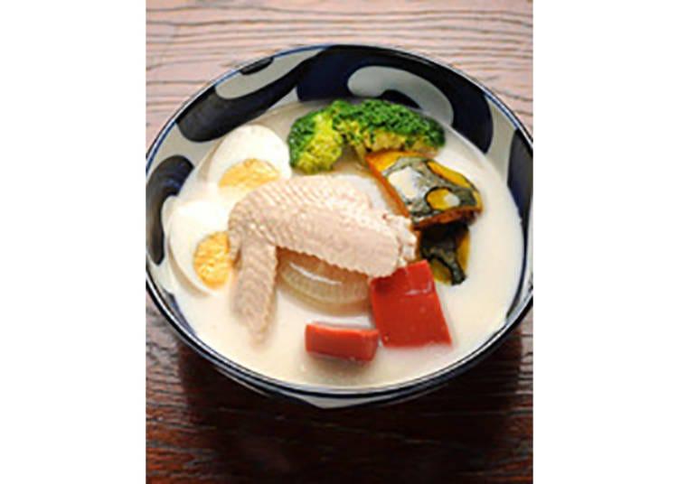 【京のおへそ 錦店】鶏白湯スープの珍しいおでんが名物