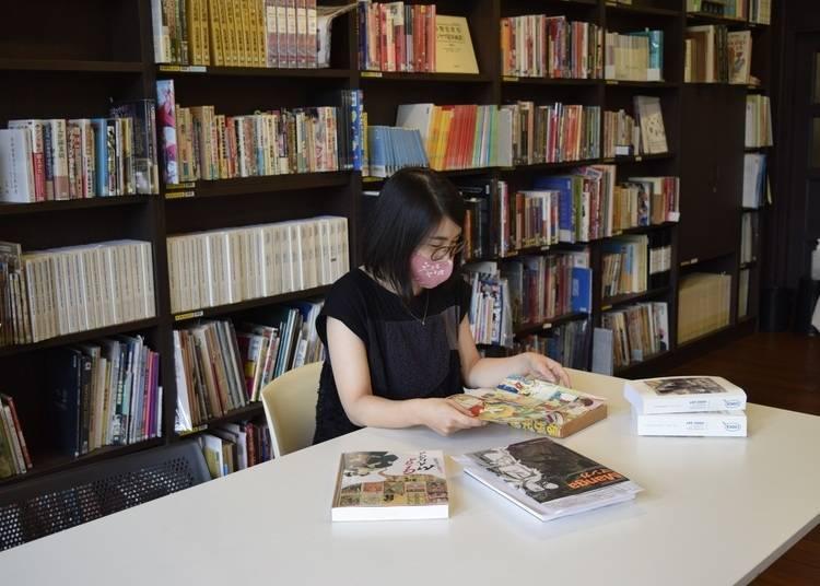 可以尋找稀少作品的閱覽室