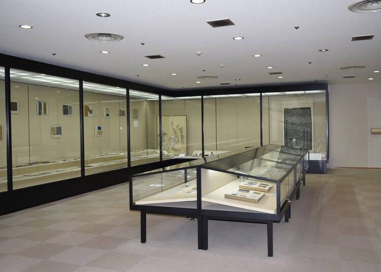 니시진오리의 역사와 문화를 배울 수 있는 상설전