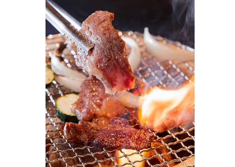 '교야키니쿠 키쿄(KIKYO)'의 엄선된 와규는 사르르 녹는 지방이 일품