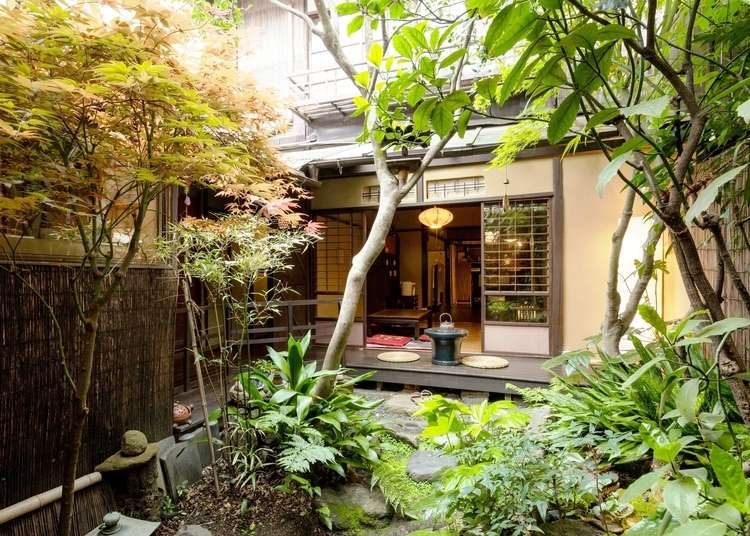 These 5 Kyoto Guesthouses Give You a Gorgeous Feel of The Real Japan | LIVE JAPAN travel guide