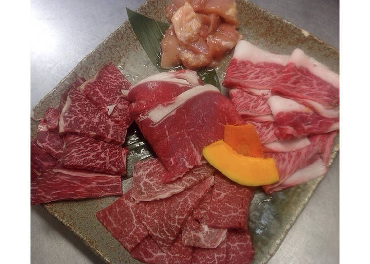 5. Halal Yakiniku Zerohachi Namba OCAT Honten: Enjoy Halal-Friendly Japanese Red Beef!