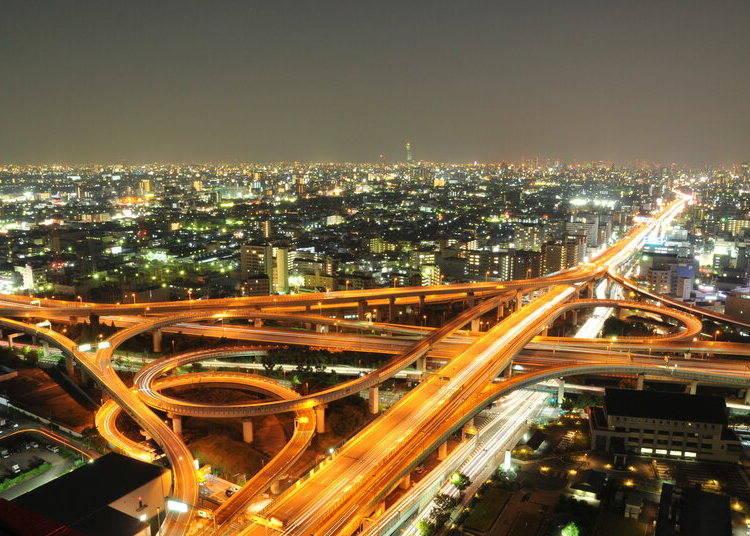 大阪夜景④打造未來都市般的精采夜景「東大阪市役所本廳舍」