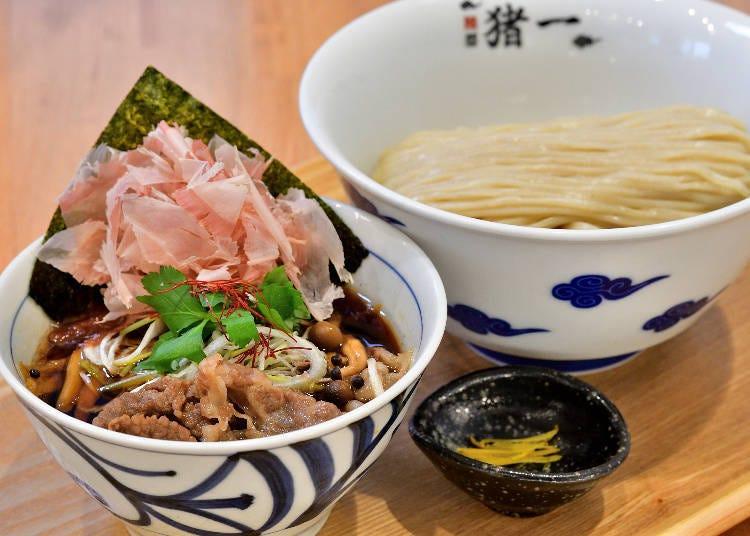 국물부터 토핑까지, 일본의 전통을 담은 츠케멘