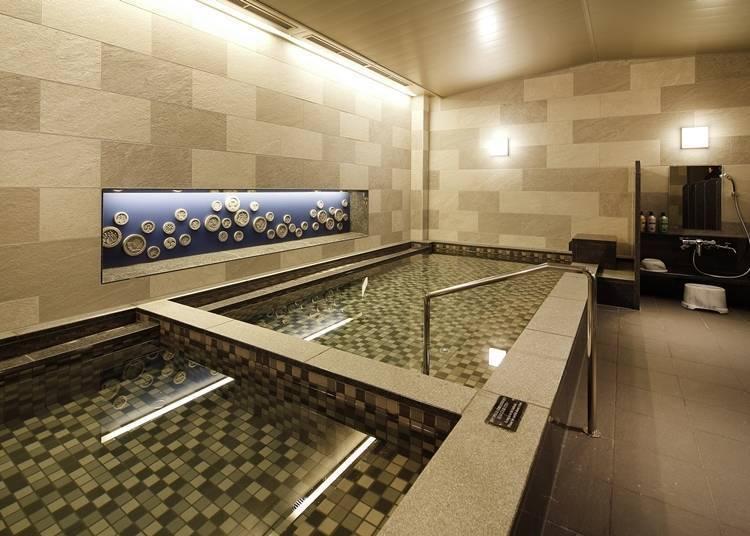 住宿者专用温浴设施与豪华早餐!
