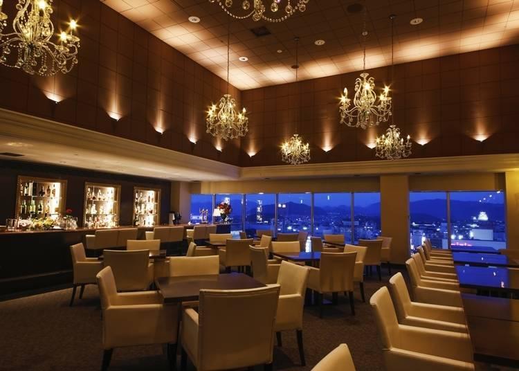 用途广泛的餐厅与酒吧