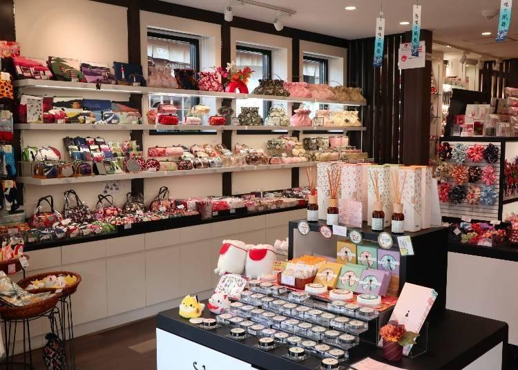 大阪&京都購物懶人包!地區限定紀念品、大創、Loft商品等通通有