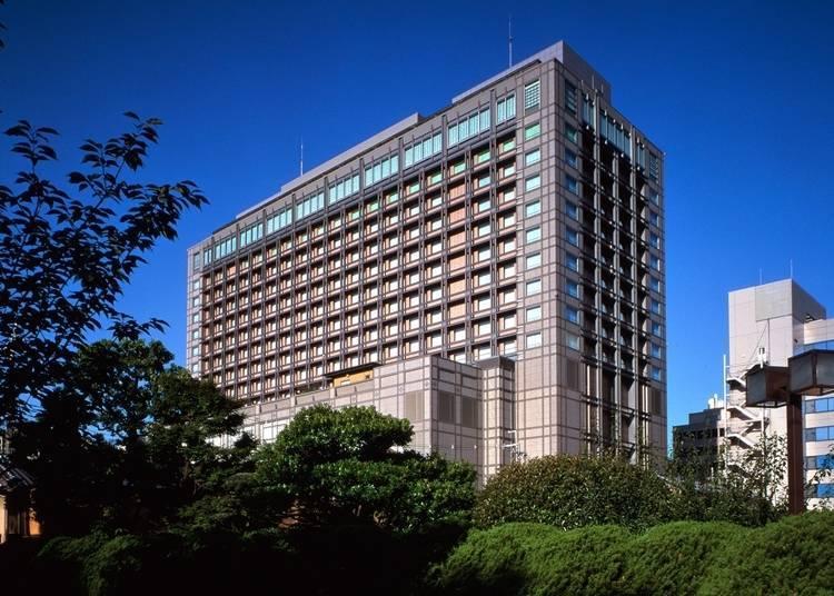 우아한 벚꽃을 감상할 수 있는 교토 교엔과 관광명소가 도보권 내인 '교토 호텔 오쿠라'