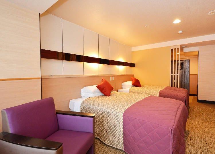 幅広く対応可能な客室、ビュッフェスタイルや京会席もあるレストランの食事も好評