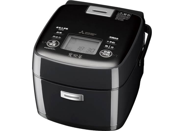 1.まるでかまどで炊き上げたようなごはんに仕上がる「炊飯器 備長炭 炭炊釜」