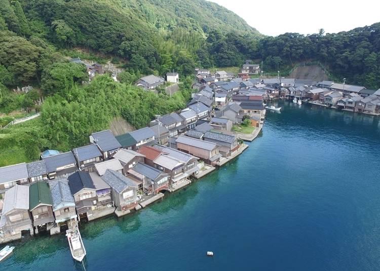 9.ここにしかない景観を涼やかに楽しむ「伊根の舟屋」