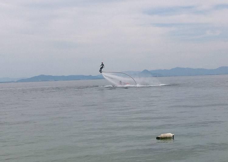 5.琵琶湖でフライボード 【滋賀】