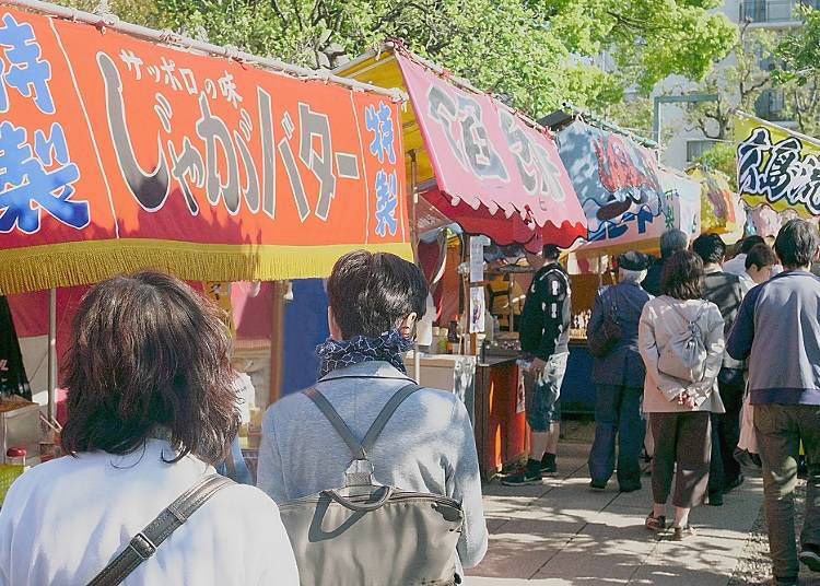 Why are there yattai food stalls at Japanese festivals? Their origin and history