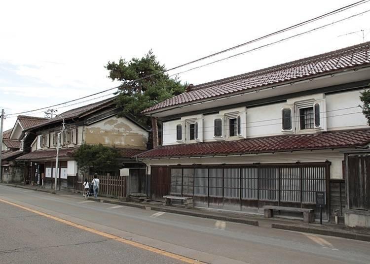 10. Take a walk through a Kitakata warehouse