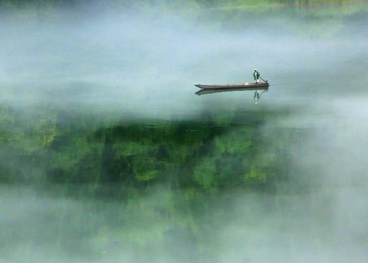 9.「霧幻峡」で渡し舟に乗る