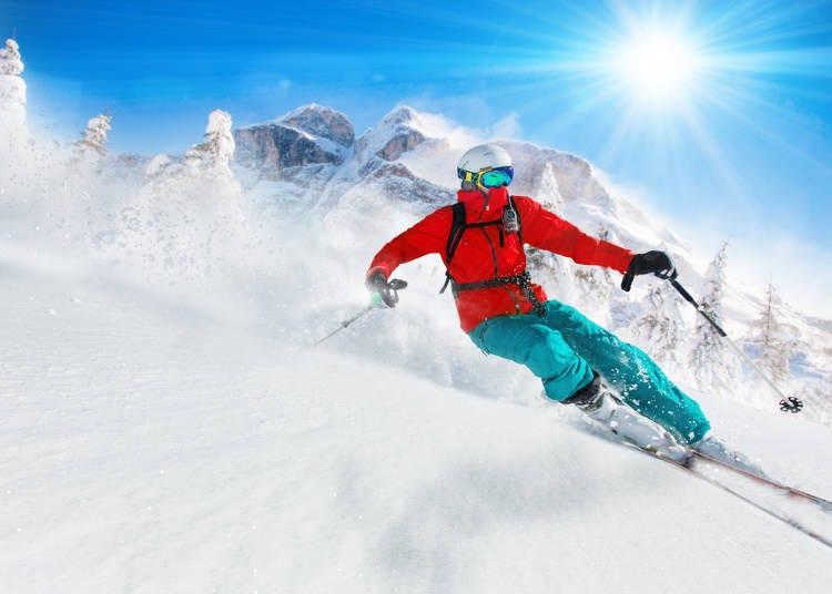 10. 눈축제와 겨울 스포츠를 즐긴다