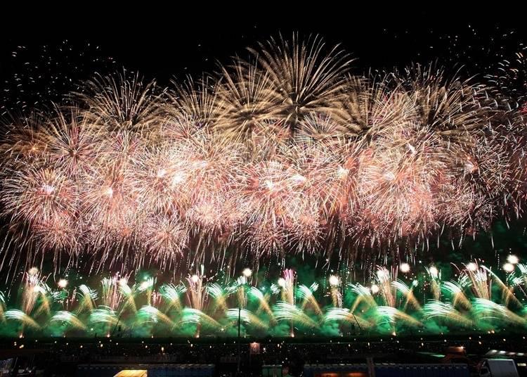 9.日本有数の花火大会「全国花火競技大会『大曲の花火』」を鑑賞