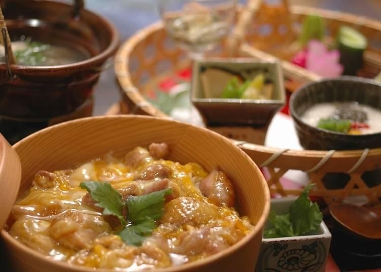 16.比内地鶏料理を食べる