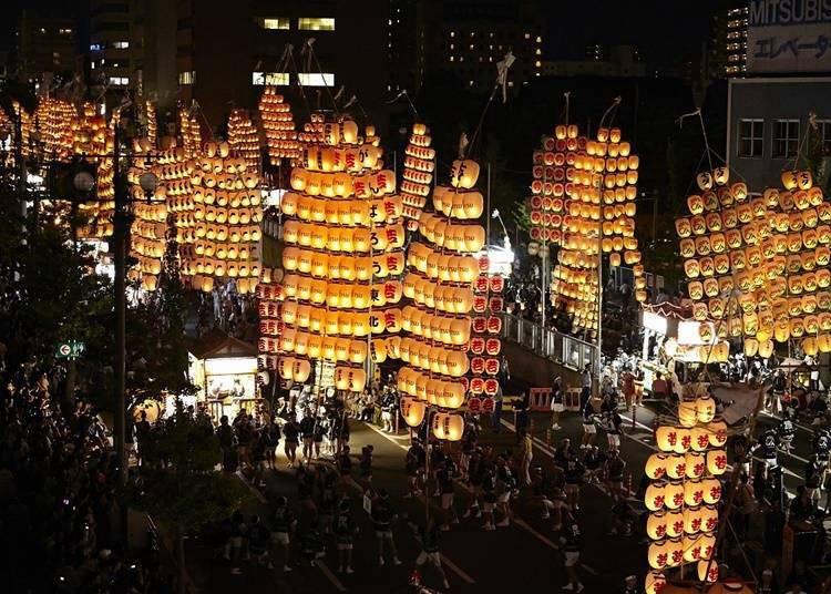 8. 여름은 아키타 간토우 축제(칠월칠석 축제)에 참가