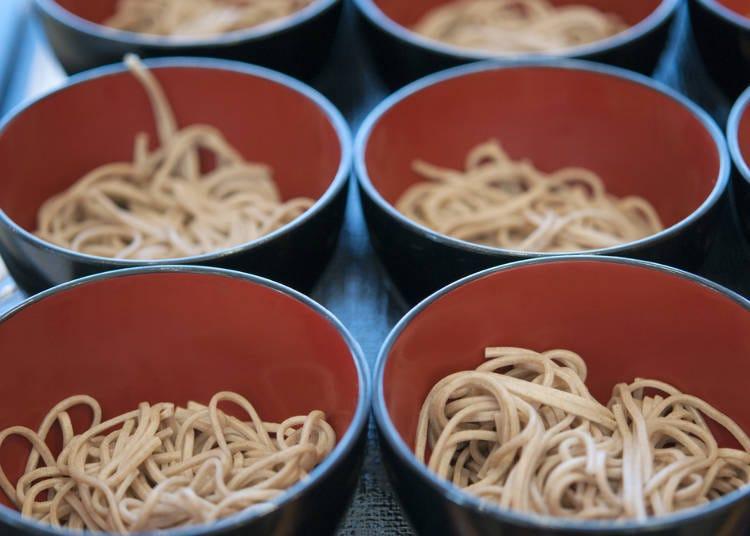 名物一口荞麦面(Wanko soba)来挑战能吃几碗吧!