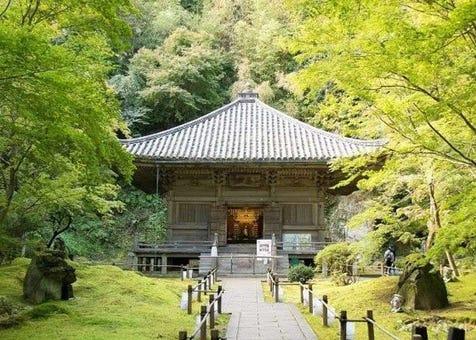 前往松岛的结缘寺「圆通院」,漫游庭园与制作佛珠手链享受美好的一天!