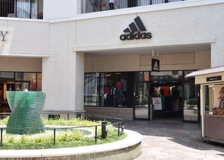 3「Adidas」