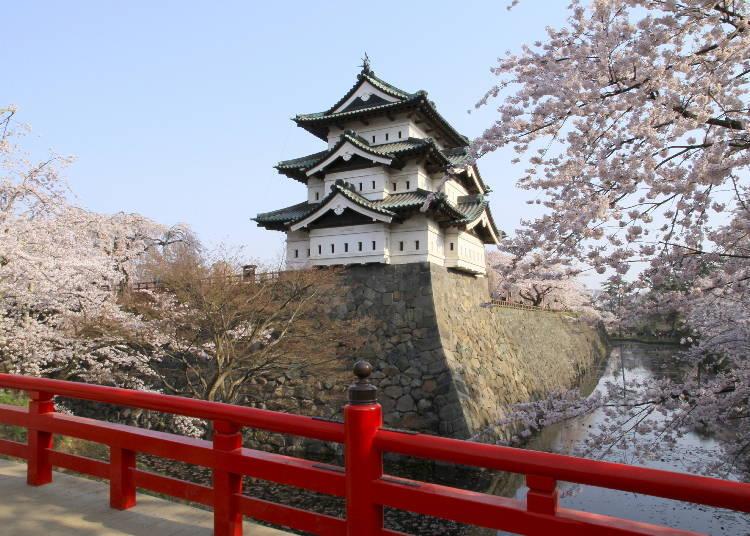 8、弘前公园 最佳赏樱时期:4月底~5月初
