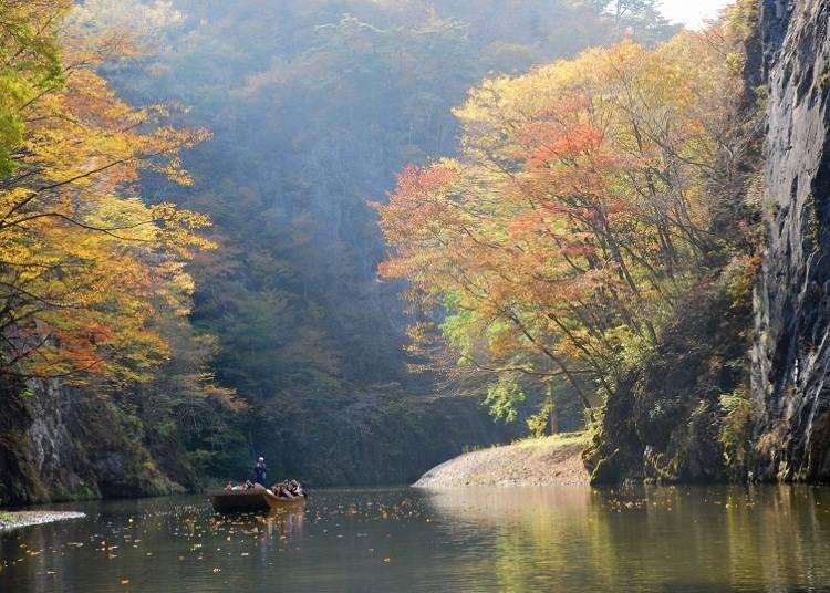 4.猊鼻渓 見ごろ:10月中旬~11月上旬