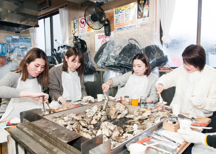Kaki-Goya: The most popular way of eating oysters!