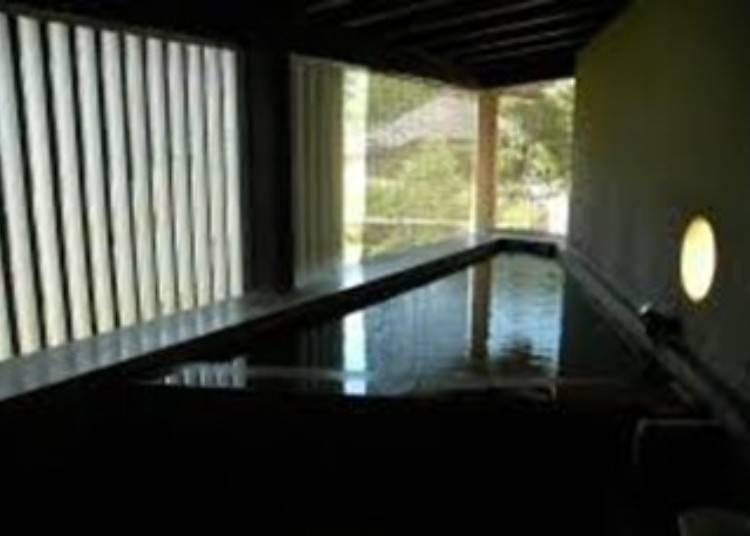 5)共同浴場しろがね湯