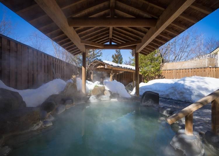 Day 2: Morning Bath at Yunohana Chaya Shinzaemon no Yu (Time Required: About 1 Hour)