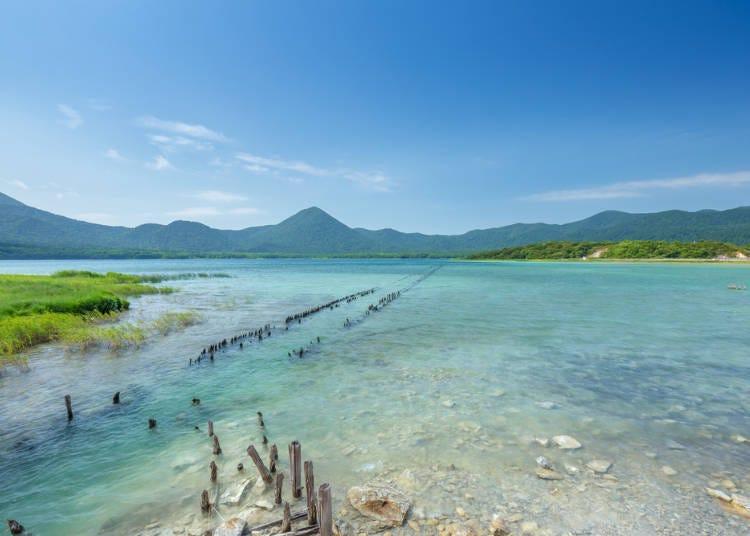 1. 우소리야마 호수 (아오모리)