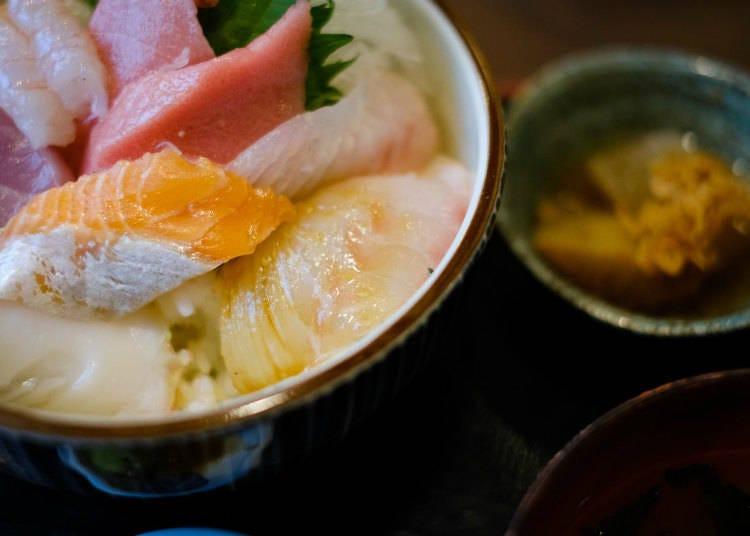신선한 해산물 요리가 많은 니가타!