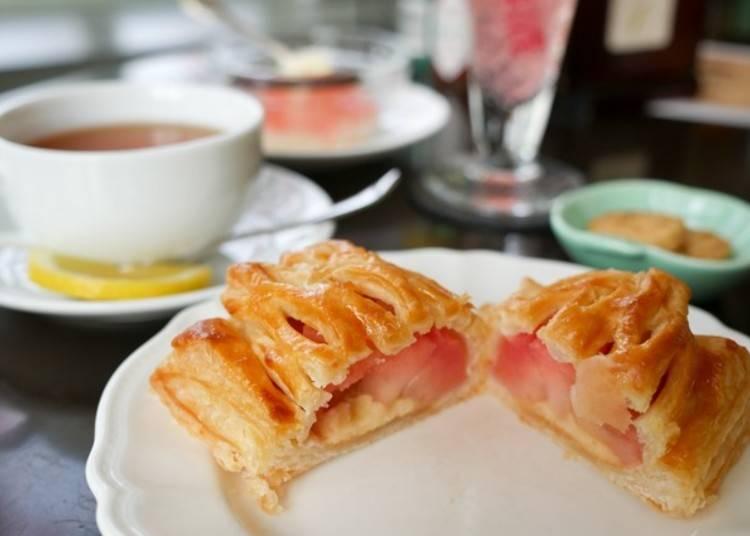 6.自慢のアップルパイを食べ比べ