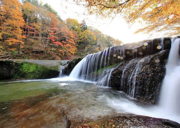 宮城賞楓景點⑩滑津大瀑布:震撼力十足的優美瀑布