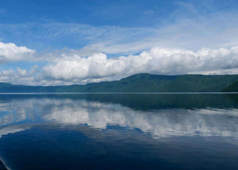 十和田湖観光はこう楽しむ!遊覧船に絶品グルメ、パワースポットを巡る旅【保存版】