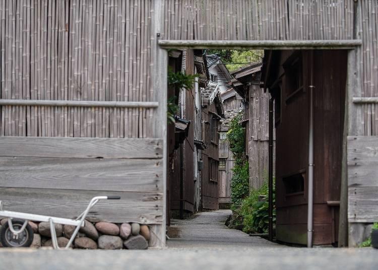 2. 역사적인 거리 풍경이 남아 '슈쿠네기(宿根木)'산책