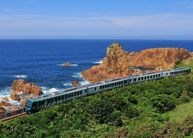 3. 東日本旅客鐵道 Resort白神號(青森-秋田)