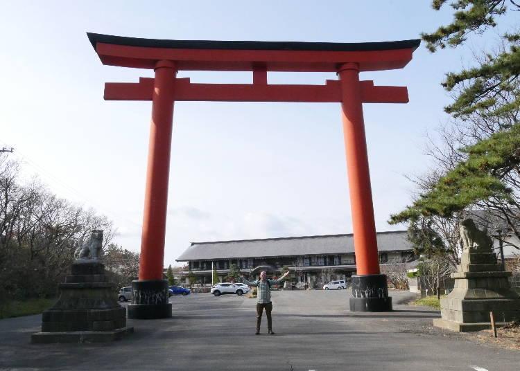 ■圧巻の千本鳥居に注目!高山稲荷神社に到着