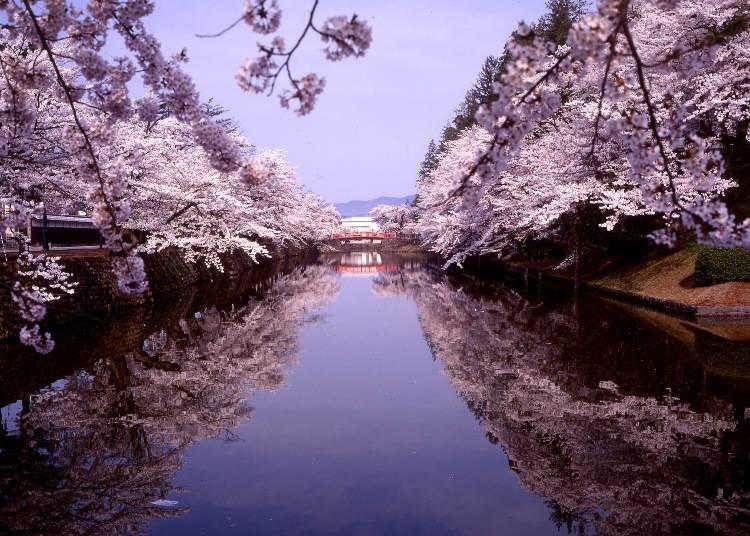 3.松が岬公園(山形県米沢市) 利用列車:山形新幹線つばさ(米沢駅)