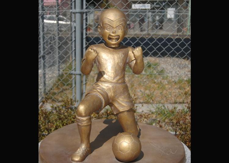 第7名:足球小将翼・石崎了铜像