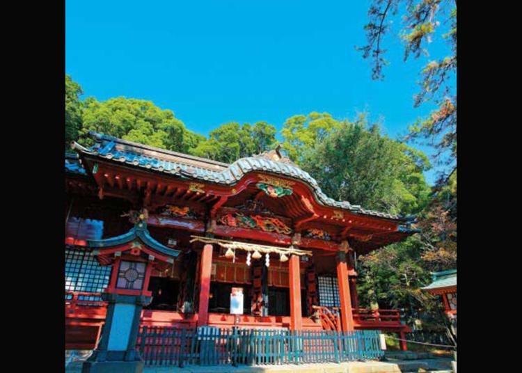4.Izusan Shrine