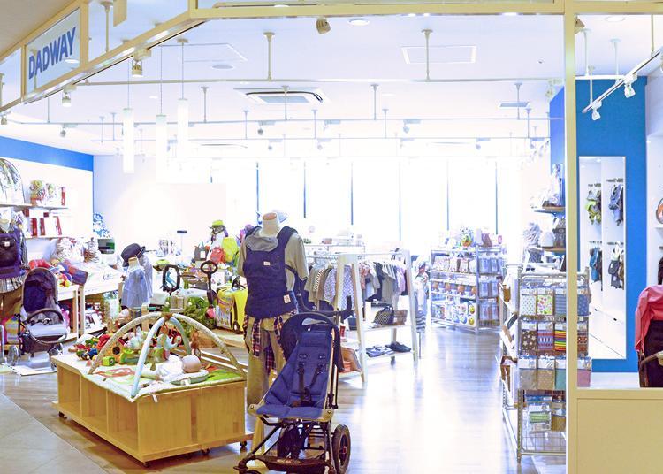 7.Dadway Tokyo Solamachi store