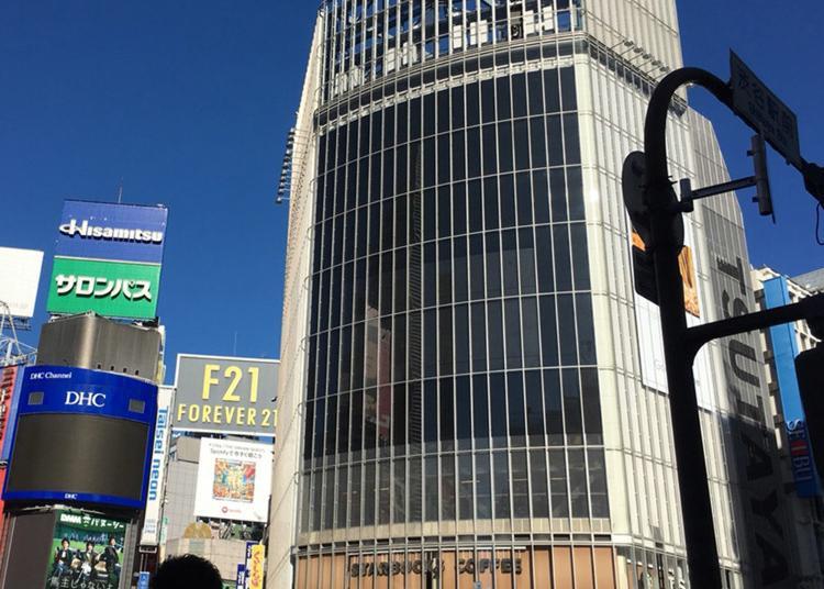3.e-earphone Shibuya Tsutaya Store