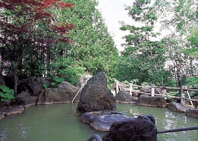 3.Shirogane Onsen Hotel