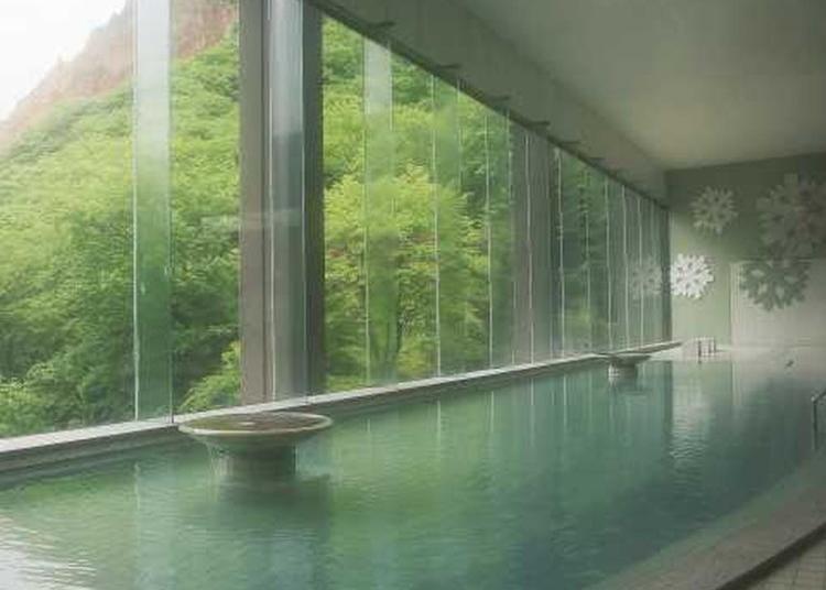 Hot Hokkaido Hotels!