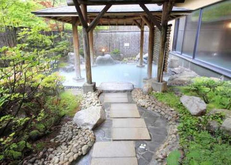 6.Noboribetsu Hot Spring Hotel Hanayura