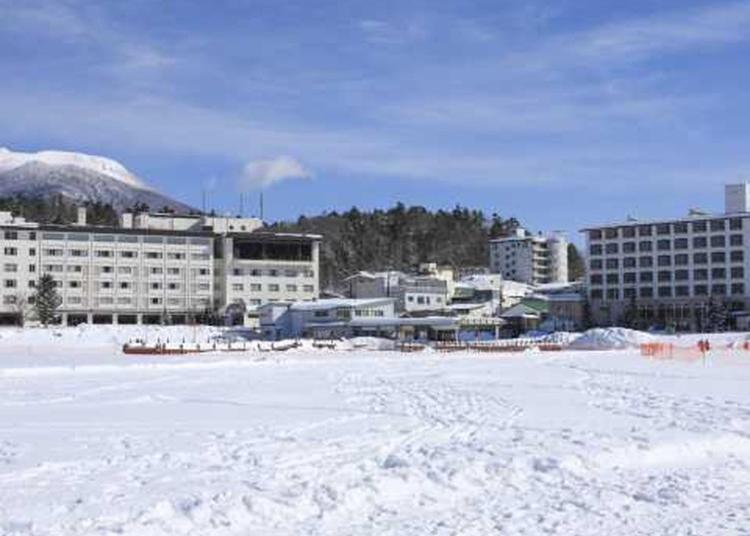 7.Akanko Hot Springs