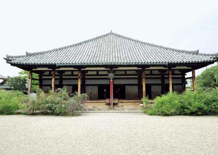 4.Gangoji Temple