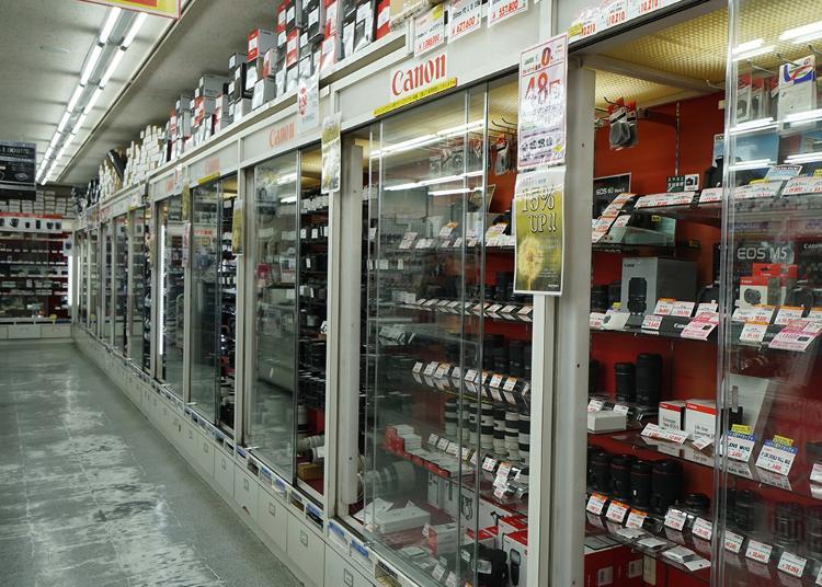 第3名:Fujiya camera store